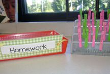 * Classroom Organization Strategies / Tips and techniques to keep your elementary classroom organized...from storage to teaching tips to labels to libraries!  Find classroom tours, organization forms and strategies, and more!