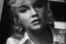 Marilyn / Simplesmente Marilyn.