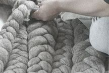 Knit Me / Blankets & Rugs