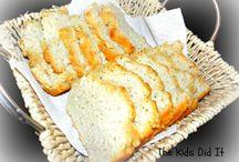 Breads / by Stephanie Moreland