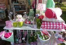 Frau Clara - Wohnglück unterwegs / Rund ums Jahr findet man Frau Clara auf unterschiedlichen Gartenfestivals und -märkten