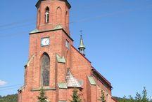 Atrakcje/Zabytki w Stryszawie / To obiekt neogotycki, budowany z cegły. Władze zaboru austriackiego zezwoliły tylko na budowę kaplicy cmentarnej.