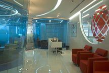 Corporativos / Encuentra aquí algunas de las oficinas o espacios corporativos que hemos publicado en nuestras revistas.
