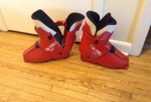 Alpine ski boots Nordica NS 725 / (20$ Toronto)i have a pair of alpine skis boots Nordica NS 725  in good condition,i am in etobicoke area,ask us for what else we have for sale...we have a lot,(look in your spam folder for my reply,sometimes it goes in there)thank you 'No Pay Pal'