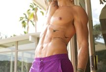 Shorty shorts