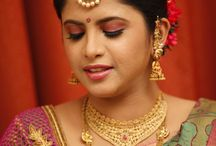 Nethi Chutti / Stunning Nethi Chutti Styles for South Indian Bride