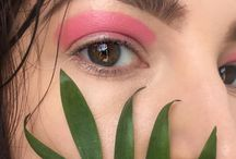 Розовые глаза