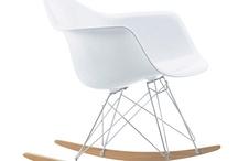 Modern Classic / Los grandes clásicos del mobiliario para interior diseñados por: Mies van der Rohe,  Charles & Ray Eames, Le Corbusier, Arne Jacobsen, Eero Aarmio, Herman Miller...