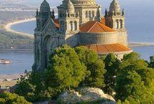 Amazing Buildings & Castles