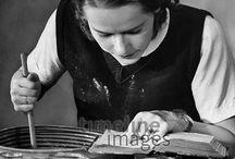 Backen historisch / Hausfrauen, Bäcker und Kinder bei der Arbeit in der Backstube
