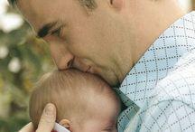 Padres / Ser padre es la única profesión en la que primero se otorga el título y luego se hace la carrera.