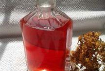 St John's wort oil / Original St John's wort oil. www.naturnagyi.hupont.hu