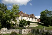 La Chartreuse du Bignac / Au cœur du vignoble de Bergerac, venez découvrir cette exquise demeure qu'est La Chartreuse de Bignac. Une chartreuse du XVIIème siècle restaurée avec le plus grand soin, faite pour charmer ses hôtes.