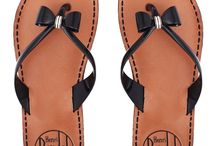 Clothes - Sandals / by Maaika Kruger