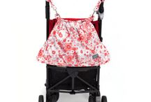 Gitta Stroller Organizers / Design and functionality are what it's all about. These Gitta Stroller organizers serve you ideally for short outings, with convenient compartments for both your stuff and baby's, in a compact, great-looking bag