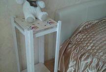 """White Bedside Night Table / Прикроватный столик очень важная и нужная часть обстановки спальни. Особенно когда он """"в белом"""""""