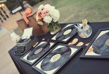 Mariage disco, mariage années 70 / Mariage disco, mariage années 70, les vinyles en décoration pour un mariage