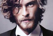 Men's medium length hair