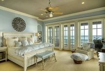 Beach house bedrooms / Bedroom decor