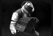 Musica Tango ,Preferiti / by Patrizia Gasparin