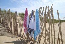 Fouta Suitsand / Plein de foutas ou de kikoys pour remplacer votre classique serviette de plage. Des petits prix et un choix énorme disponibles chez Suitsand.com