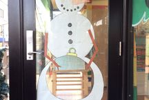 School Christmas decoration. Christmas classroom display / Let your children feel the christmas spirit by making your school Christmassy with Christmas decorations everywhere!