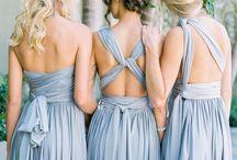 DAMAS DE HONOR / La figura de la Dama de Honor se asienta cada vez más en las Bodas. Acompañan a la novia, le ayudan a vestirse, participan y están con ella en el altar.