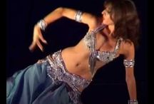 My Favorite Cabaret Videos / Lovely traditional or modern Cabaret Belly Dance videos. American and Egyptian style, mostly.
