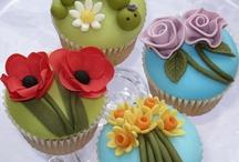 Cupcakes e minis bolos