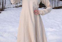 viking women: clothing