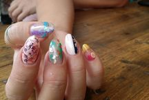 Nail Crew UK When you just can't decide on one design. . . .