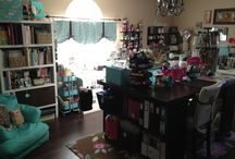 My Craft Room / This is where I am Artful Leigh Stampin, sewing, Project Lifing, and much more! Thank you for taking a look!