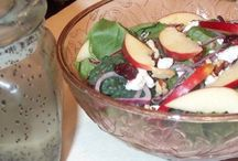 Apple Recipes / Delicious apple recipes - everything from salads to breads to desserts.
