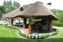 Altana drewniana kryta strzechą Dziedzic / Kolejna piękna altana kryta strzechą wraz z grillem i wędzarnią to nasza propozycja na tegoroczny sezon wiosna- lato-jesień 2016r.