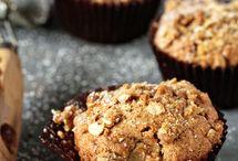 Mmm Muffins / by Melissa Freeman