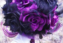 Flowers and centrepieces  / The piece de resistance  / by Ashlie Callender