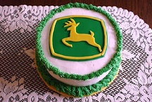 ~Creative Cakes~ / by Valerie McBroom