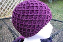 Couture Crochet Diamond Stitch / Diamonds have an elegant shape when it comes to the couture crochet diamond stitch. The stitch patterns looks great on a scarf, blanket, hat, etc. Patterns are available too.  / by Strawberry Couture Etsy Unique Crochet and Knit Hats Scarves Patterns