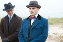 Boardwalk Empire Coats / Men's winter coats from Boardwalk Empire and the RH patterns to make them.