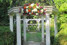 Sayen Gardens Summer Engagement Photo Session with Idalia Photography