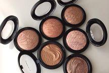 Продукты для макияжа