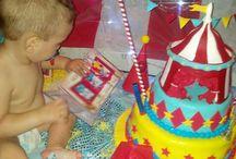 cumpleaños de Circo / diseño de circo en celeste rojo y amarillo