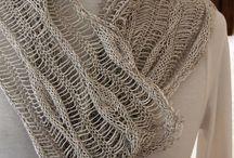 Knitting / by Erika Duistermaat