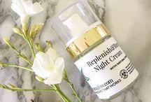 Puraglow vegan&organic skincare products