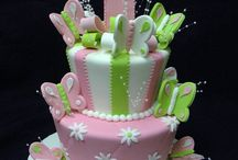 Cakes...and more cakes / by Carolyn Farr