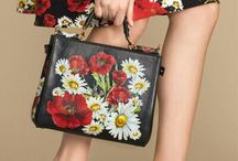 Dolce & Gabbana Summer 2016 'Spring in the City' Women Collection / Floral Looks by Dolce & Gabbana that carryng the Spring in the City. Poppies and Daisies prints!