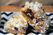 Yummy Desserts / by Shannette Avara