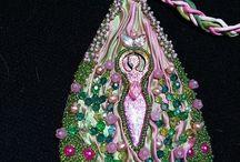 shibori - inšpirácie - náhrdelníky