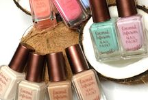 Nail Polish Pictures / A place for nail pics that aren't swatches ... because who doesn't love bottle shots