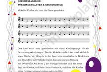 Lieder und Theaterstücke Grundschule